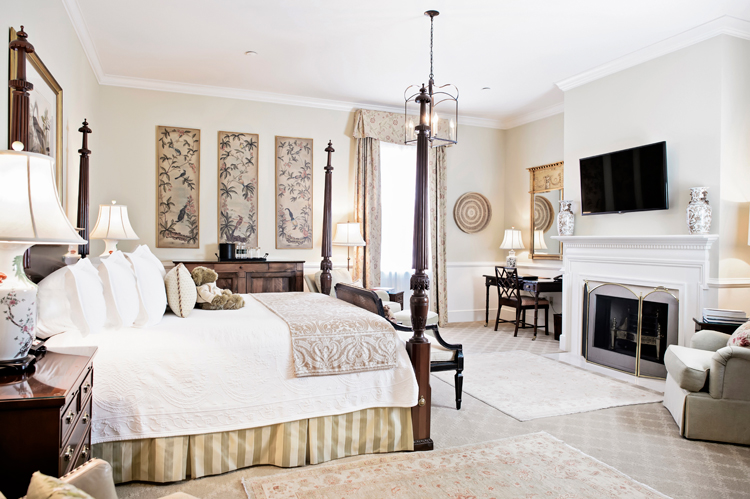 Luxury Charleston hotel room with working fireplace