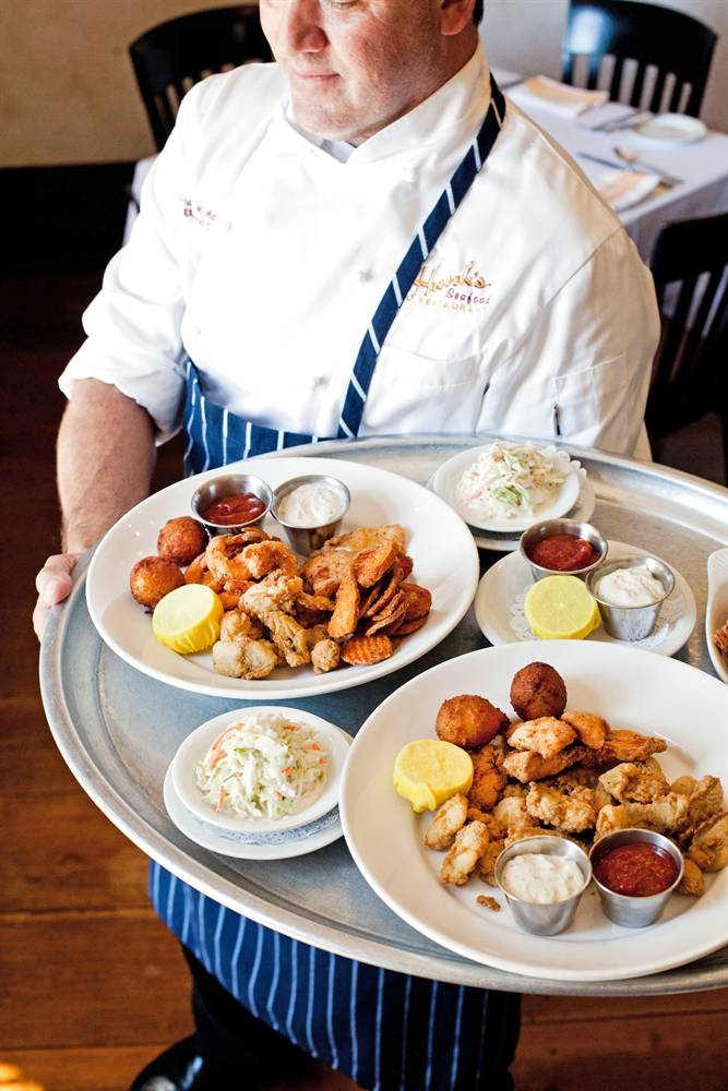 Why You Ll Love It Voted Best Seafood Restaurant In Charleston For 16 Years Running By Readers Of The City Paper Hank S Is A Local