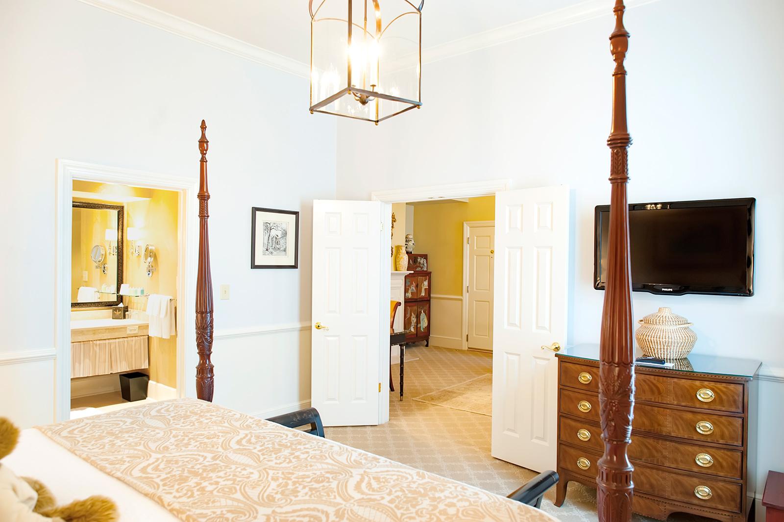 Bedroom Sets Charleston Sc Charleston Bedroom Suite All Amer.Amoma ...